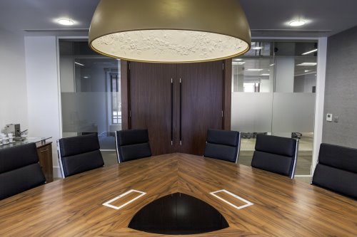Meeting room in Little Britain offices in London to rent