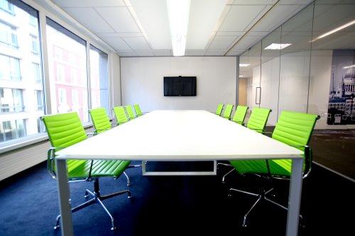 Coworking City of London meeting room