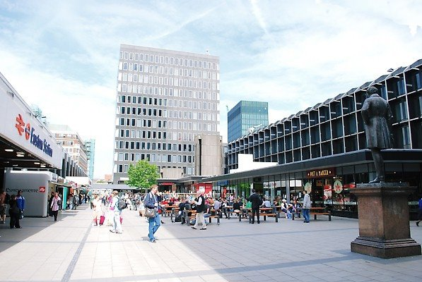 Euston-London-transport for those who rent offices in London