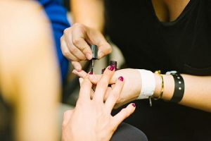 get your nails done during London office space breaks
