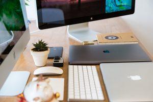 Apple office tech