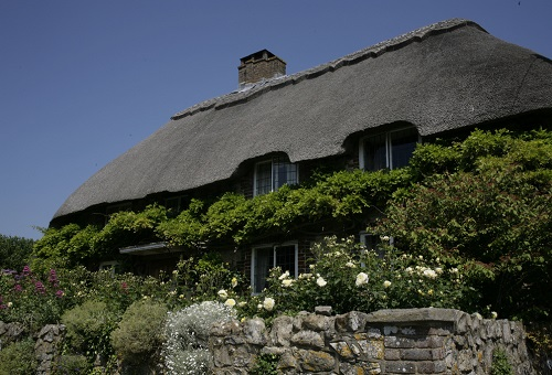 Holiday at home cottage retreats near London