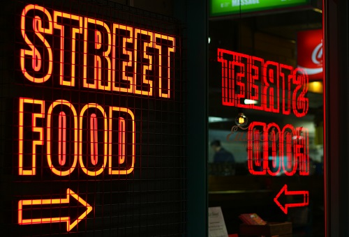 Street Food close to office buildings in London